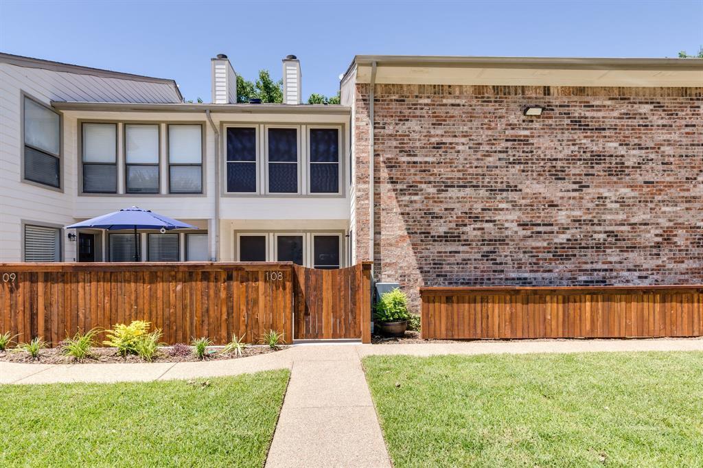 714 Wall Street, Grapevine, Texas 76051 - Acquisto Real Estate best frisco realtor Amy Gasperini 1031 exchange expert