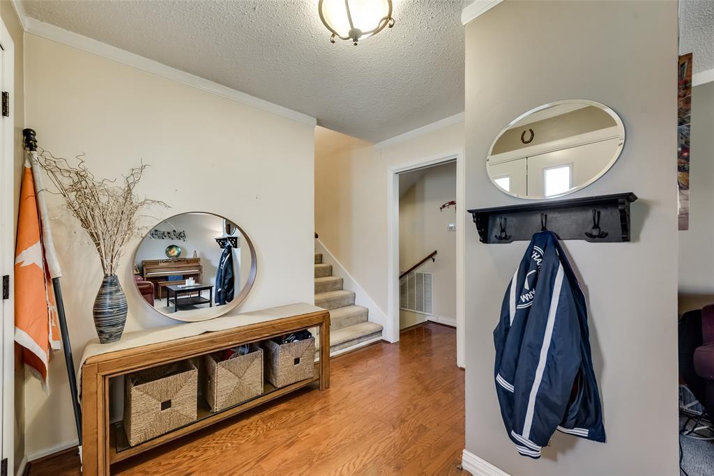 11615 Rogue Way, Dallas, Texas 75218 - acquisto real estate best the colony realtor linda miller the bridges real estate