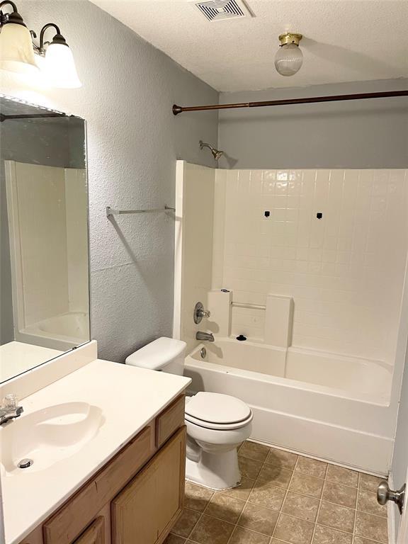 1222 Misty Drive, Midlothian, Texas 76065 - acquisto real estate best celina realtor logan lawrence best dressed realtor