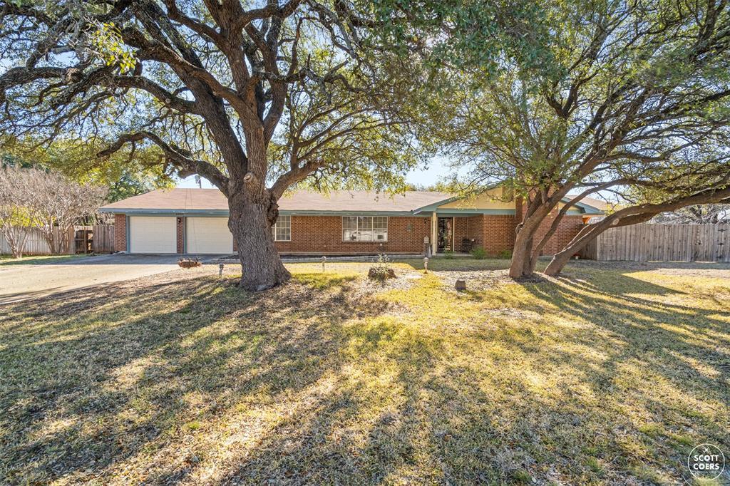 1608 Brooks Avenue, Brownwood, Texas 76801 - Acquisto Real Estate best frisco realtor Amy Gasperini 1031 exchange expert