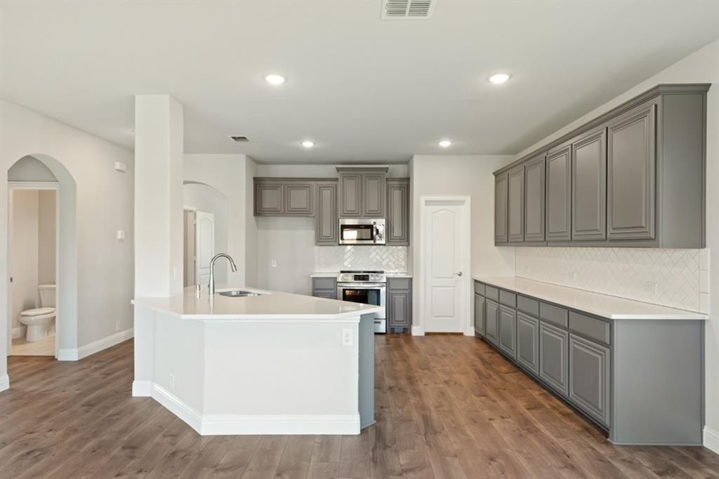 6316 Dartford  Drive, Mesquite, Texas 75181 - acquisto real estate best new home sales realtor linda miller executor real estate