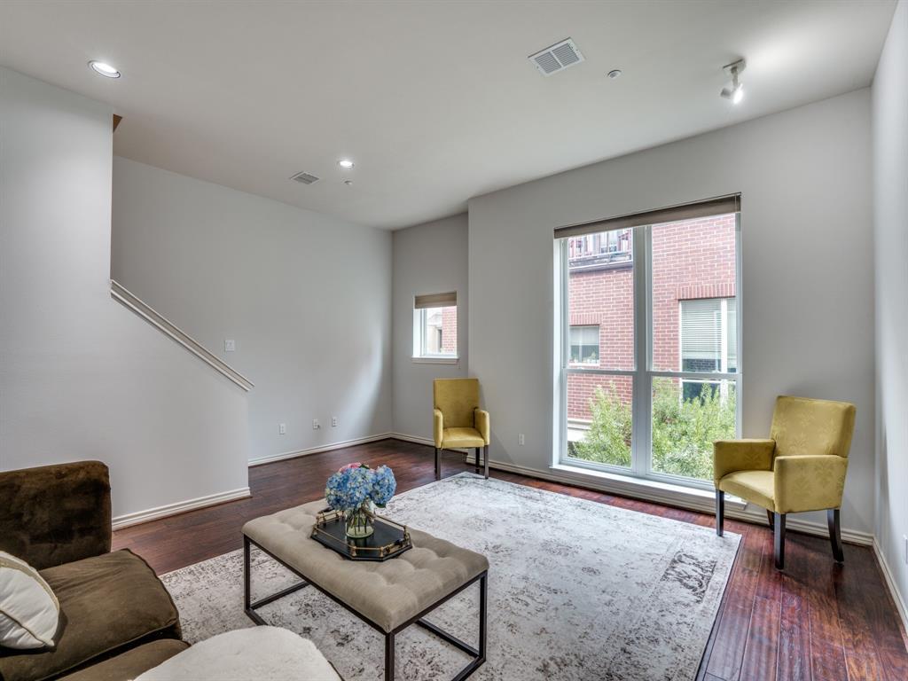 4411 Mckinney Avenue, Dallas, Texas 75205 - acquisto real estate best highland park realtor amy gasperini fast real estate service