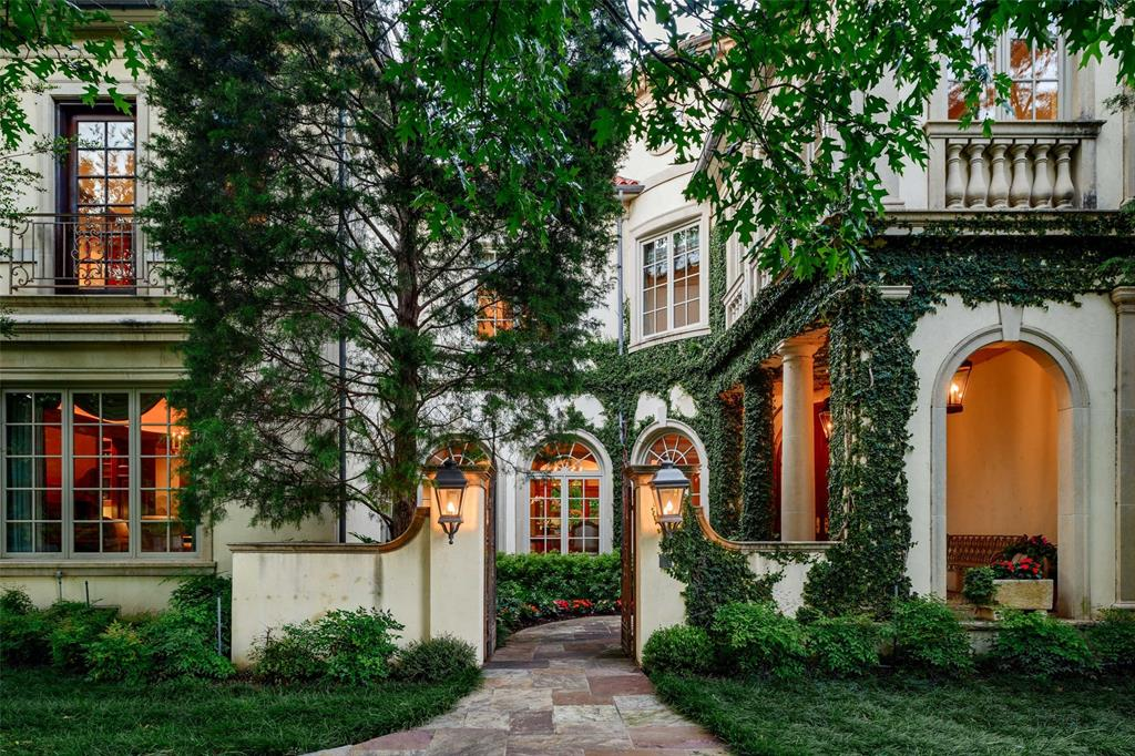 4300 Armstrong  Parkway, Highland Park, Texas 75205 - Acquisto Real Estate best plano realtor mike Shepherd home owners association expert