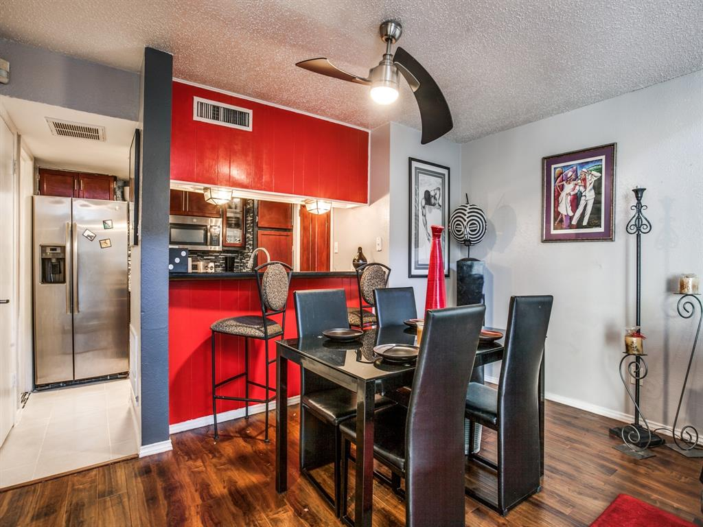 4627 Country Creek Drive, Dallas, Texas 75236 - acquisto real estate best real estate company to work for