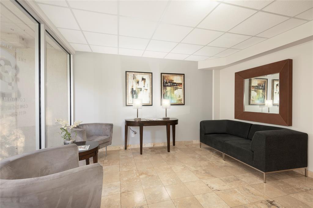 4111 Gilbert Avenue, Dallas, Texas 75219 - acquisto real estate best designer and realtor hannah ewing kind realtor