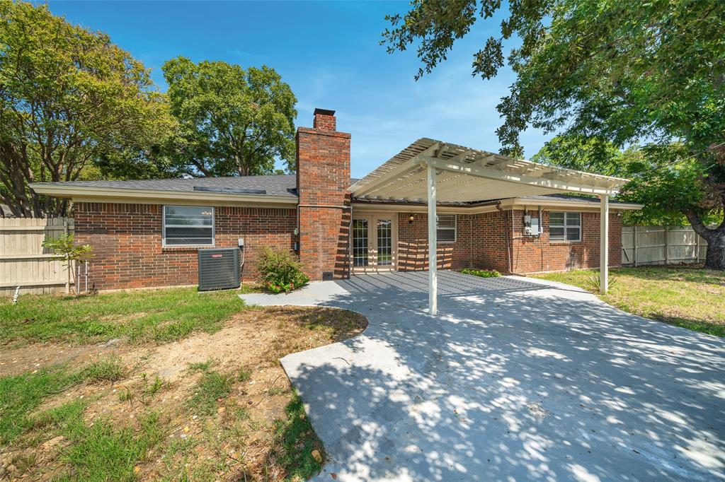 2308 Lavender Lane, Arlington, Texas 76013 - acquisto real estate best investor home specialist mike shepherd relocation expert