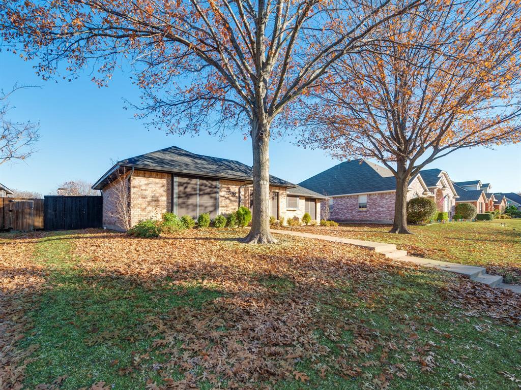 1516 Valencia Drive, Plano, Texas 75074 - acquisto real estate best the colony realtor linda miller the bridges real estate