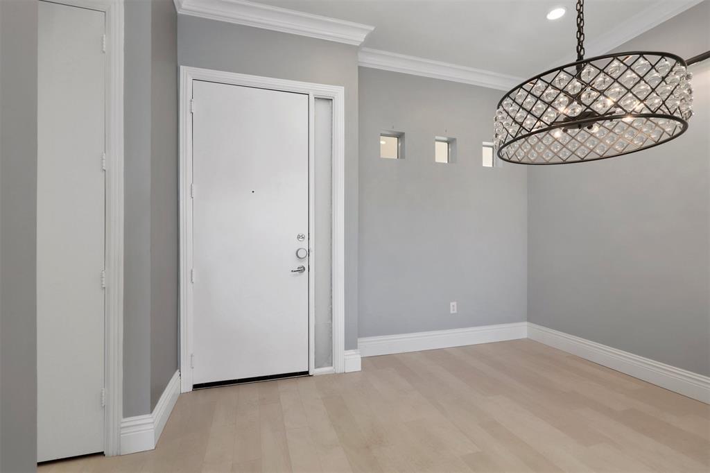 2950 Mckinney Avenue, Dallas, Texas 75204 - acquisto real estate best prosper realtor susan cancemi windfarms realtor