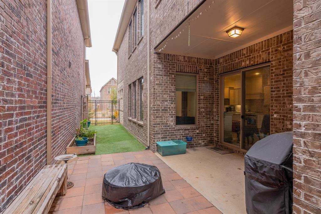 4506 Spanish Indigo Lane, Arlington, Texas 76005 - acquisto real estate best realtor foreclosure real estate mike shepeherd walnut grove realtor