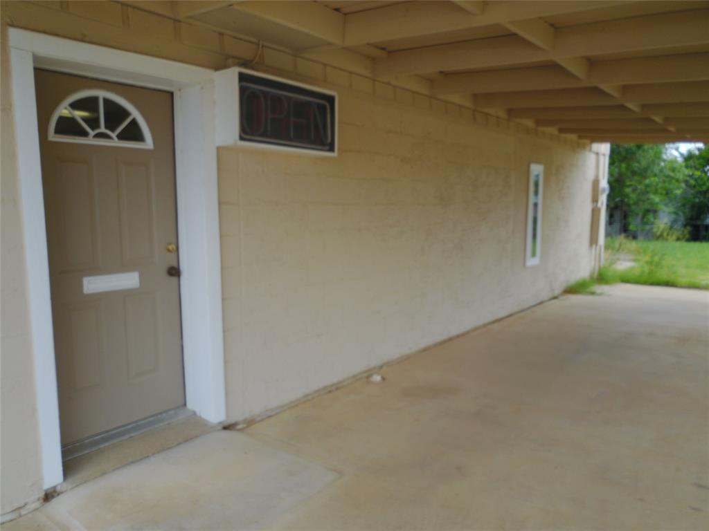 711 Walker  Street, Breckenridge, Texas 76424 - acquisto real estate best designer and realtor hannah ewing kind realtor