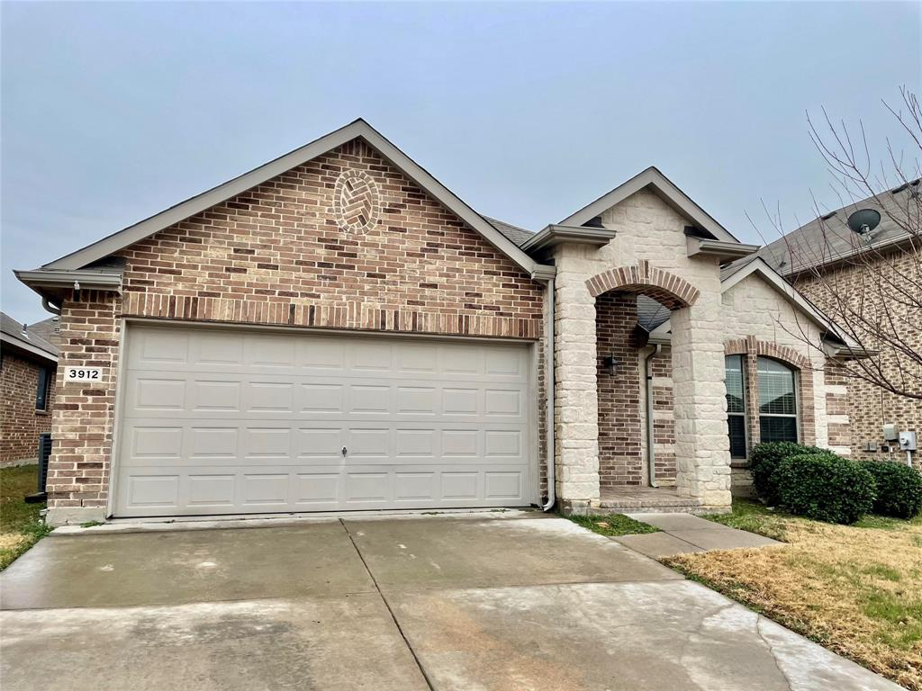 3912 Long Hollow Road, Fort Worth, Texas 76262 - Acquisto Real Estate best frisco realtor Amy Gasperini 1031 exchange expert