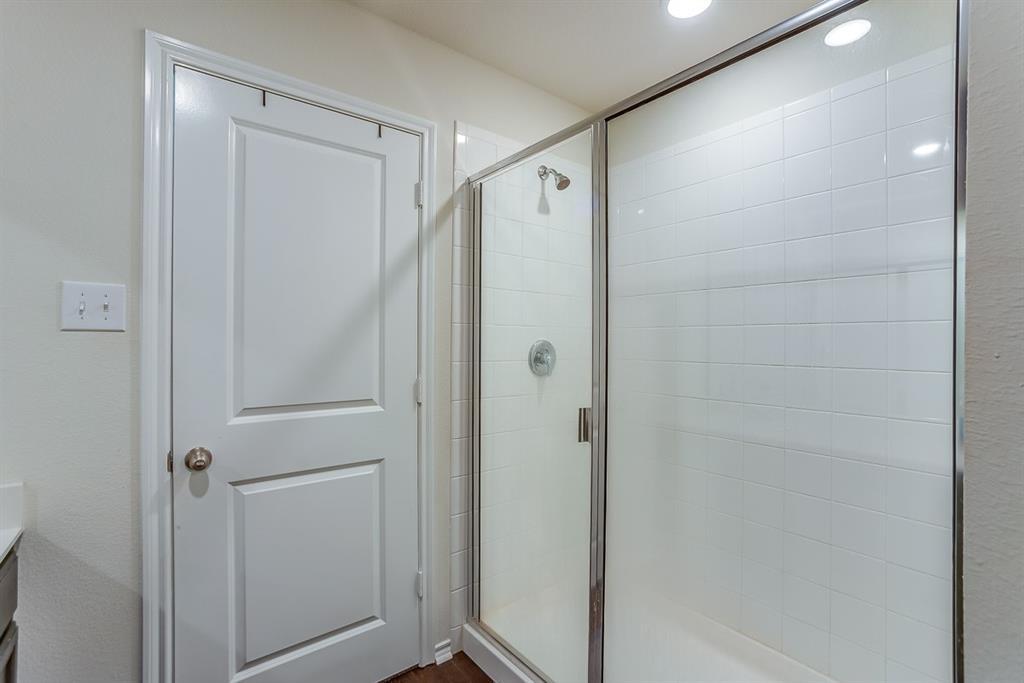 912 Mercury Drive, Princeton, Texas 75407 - acquisto real estate best listing agent in the nation shana acquisto estate realtor