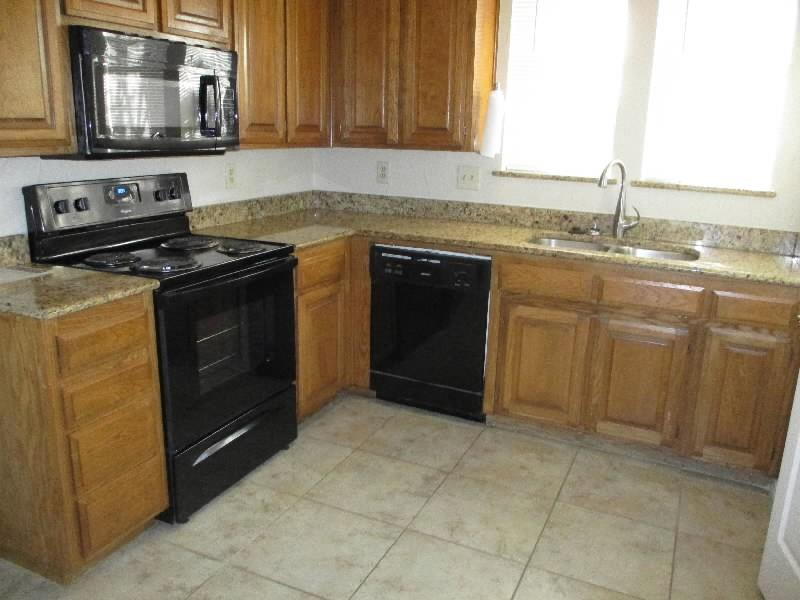 4611 Oak Club Drive, Arlington, Texas 76017 - Acquisto Real Estate best plano realtor mike Shepherd home owners association expert