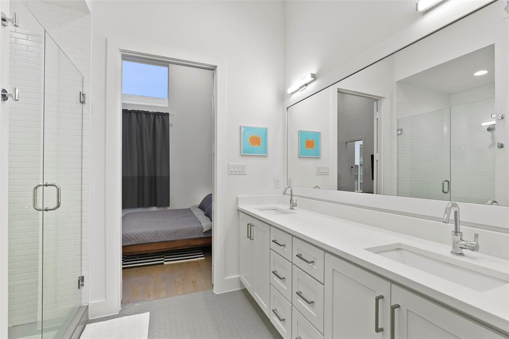 2226 Garrett Avenue, Dallas, Texas 75206 - acquisto real estate best style realtor kim miller best real estate reviews dfw