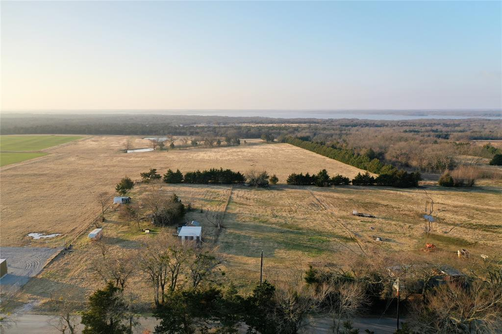 1658 Flowing Wells  Road, Pottsboro, Texas 75076 - acquisto real estate best highland park realtor amy gasperini fast real estate service