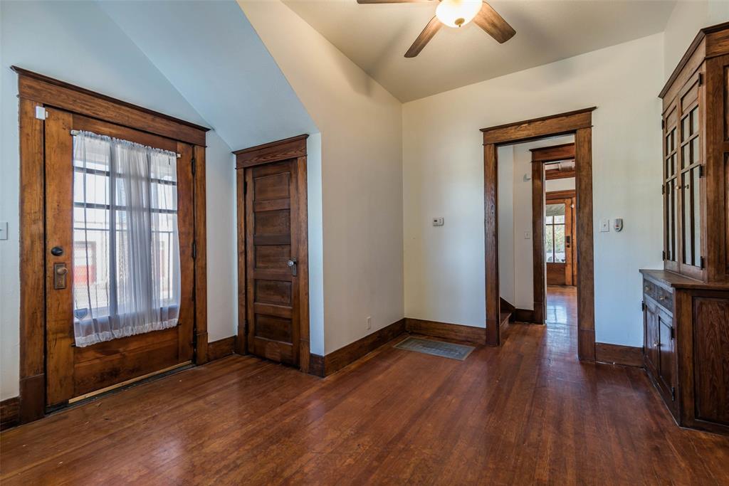 602 Travis Street, Sherman, Texas 75090 - acquisto real estate best new home sales realtor linda miller executor real estate