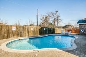 2100 Harvest Way, Mansfield, Texas 76063 - acquisto real estate best realtor foreclosure real estate mike shepeherd walnut grove realtor