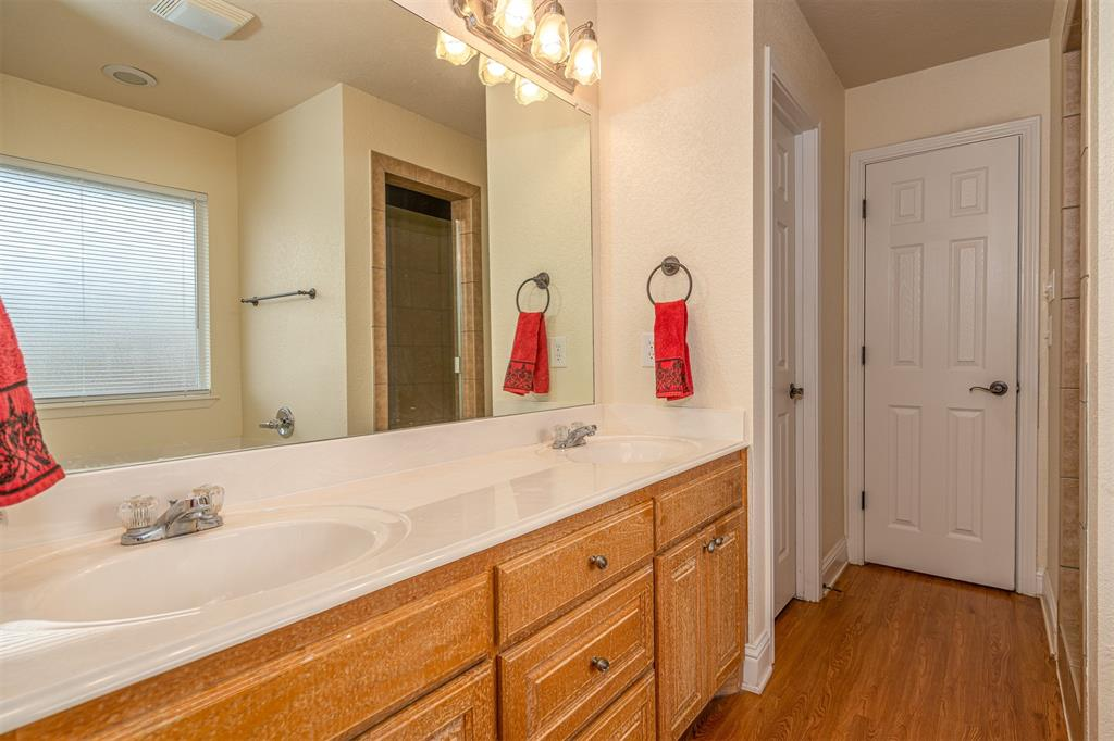 1000 Jenny Drive, Keene, Texas 76031 - acquisto real estate best investor home specialist mike shepherd relocation expert