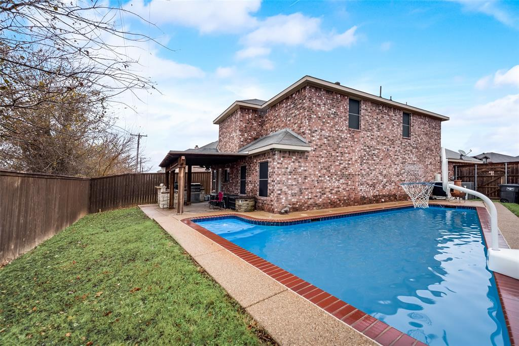 5568 Thunder Bay Drive, Fort Worth, Texas 76119 - acquisto real estate best listing photos hannah ewing mckinney real estate expert