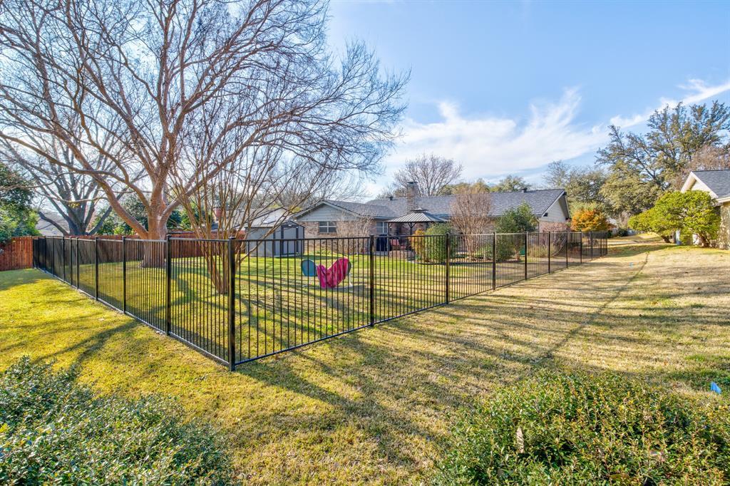 3825 Carman Drive, Benbrook, Texas 76116 - acquisto real estate best photo company frisco 3d listings
