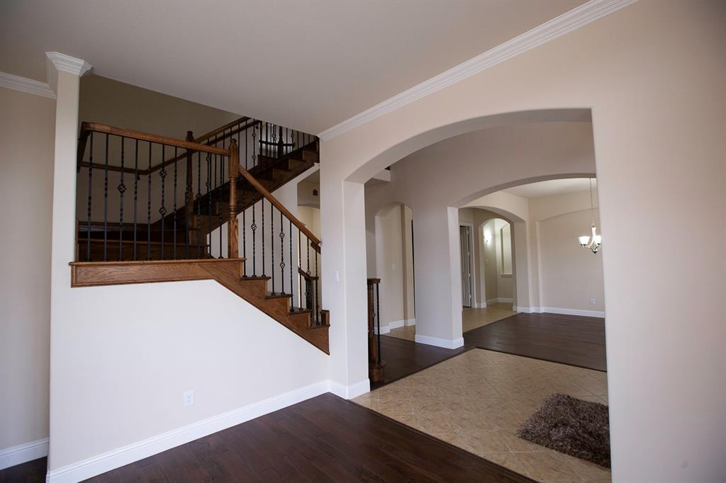 457 Rockshire Drive, Sunnyvale, Texas 75182 - acquisto real estate best plano real estate agent mike shepherd