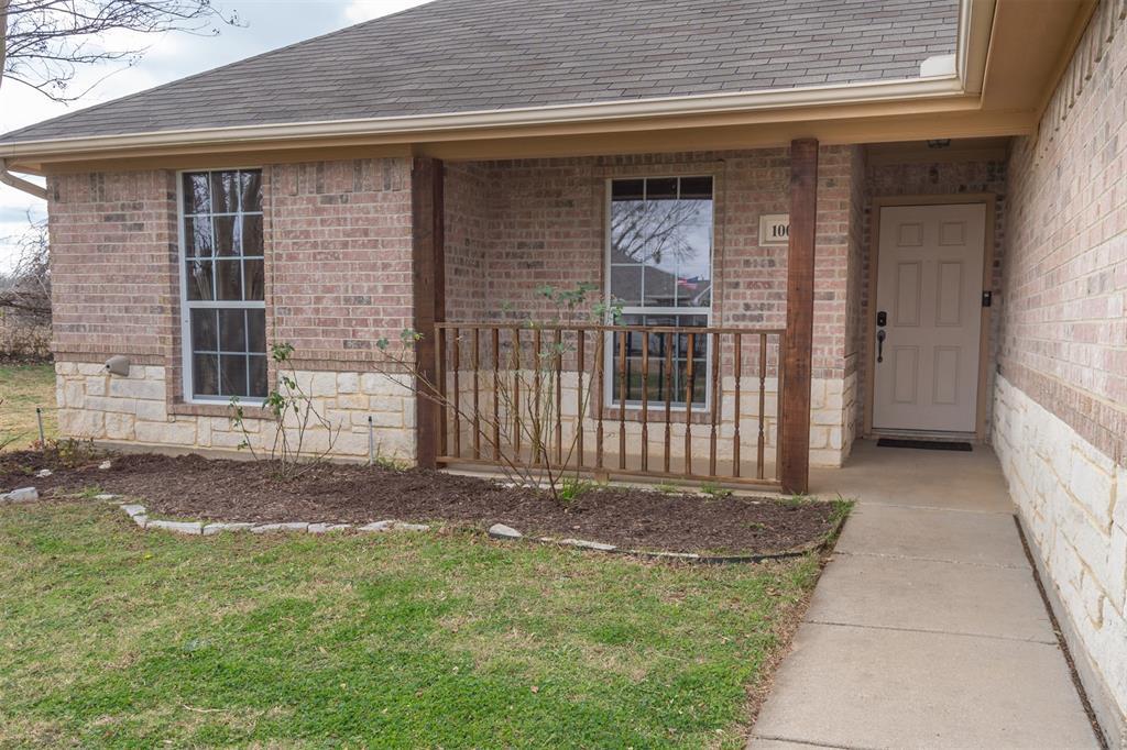 1000 Jenny Drive, Keene, Texas 76031 - acquisto real estate best allen realtor kim miller hunters creek expert