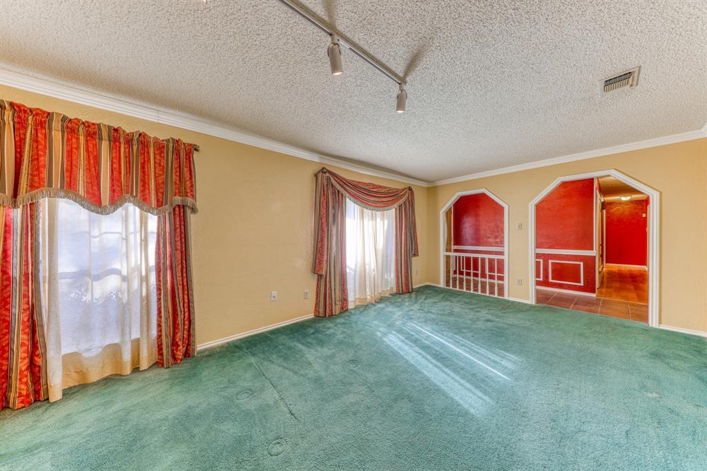 4000 Toledo Avenue, Fort Worth, Texas 76133 - acquisto real estate best celina realtor logan lawrence best dressed realtor