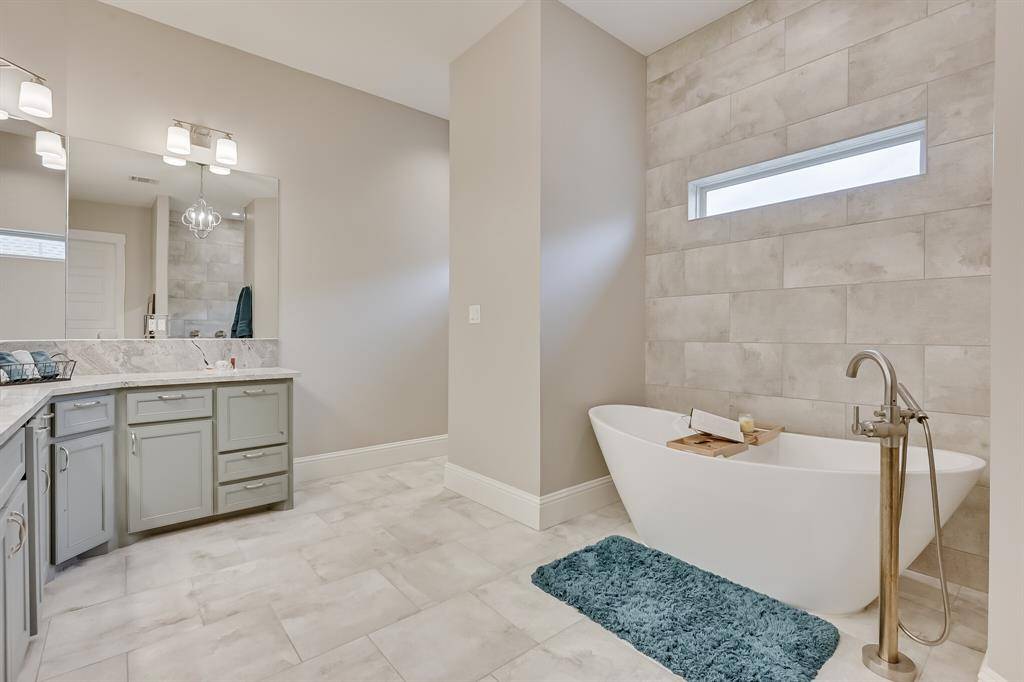 7108 Bursey Road, North Richland Hills, Texas 76182 - acquisto real estate best park cities realtor kim miller best staging agent