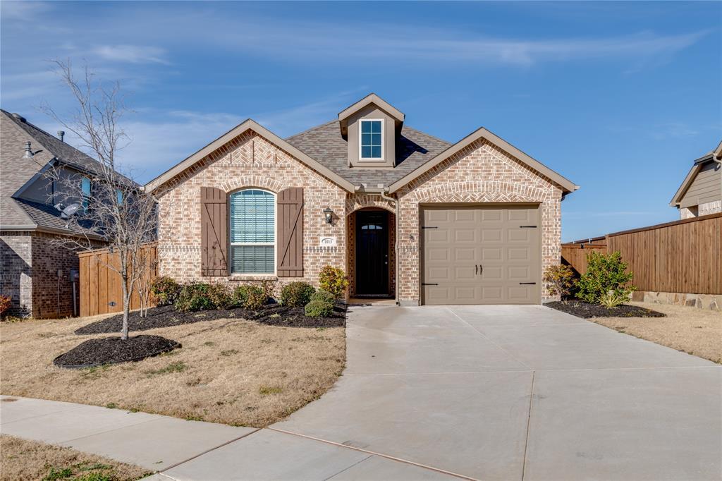 1013 Friesian Lane, Aubrey, Texas 76227 - Acquisto Real Estate best frisco realtor Amy Gasperini 1031 exchange expert