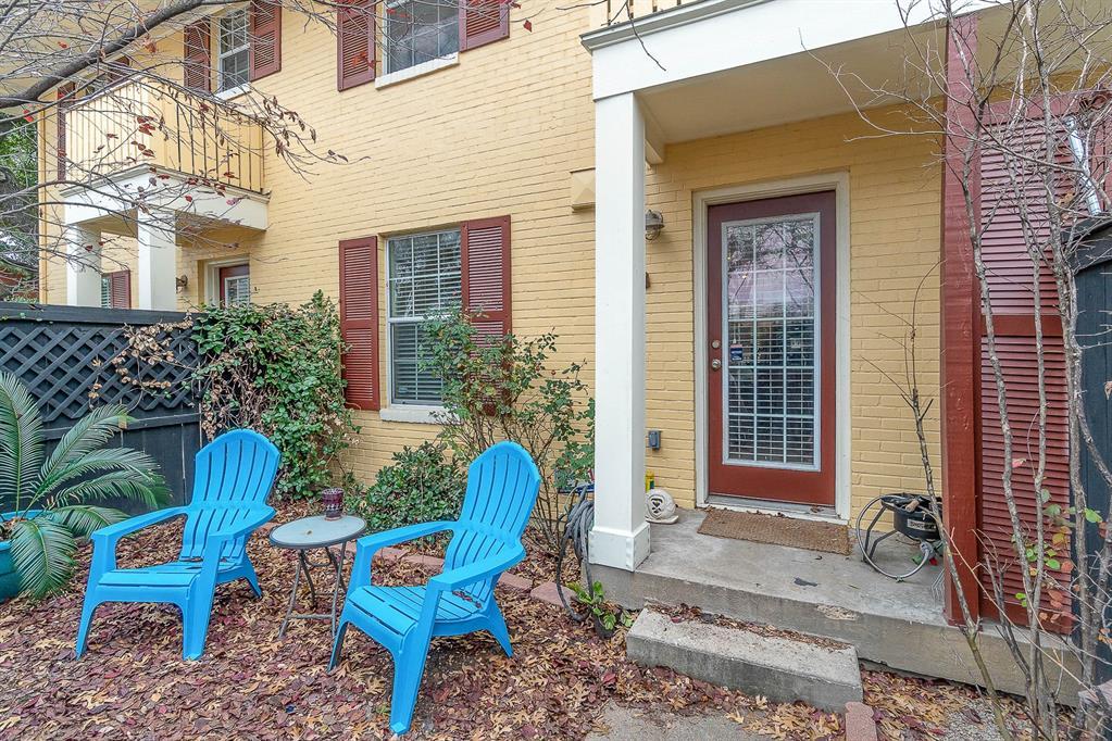 4702 Bradford Drive, Dallas, Texas 75219 - acquisto real estate best realtor foreclosure real estate mike shepeherd walnut grove realtor