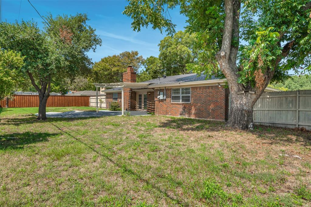 2308 Lavender Lane, Arlington, Texas 76013 - acquisto real estate best frisco real estate broker in texas for high net worth buyers
