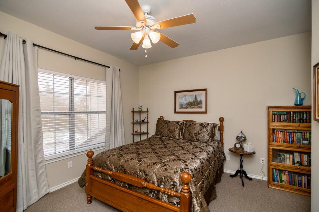2126 Lakeforest Drive, Weatherford, Texas 76087 - acquisto real estate best realtor foreclosure real estate mike shepeherd walnut grove realtor