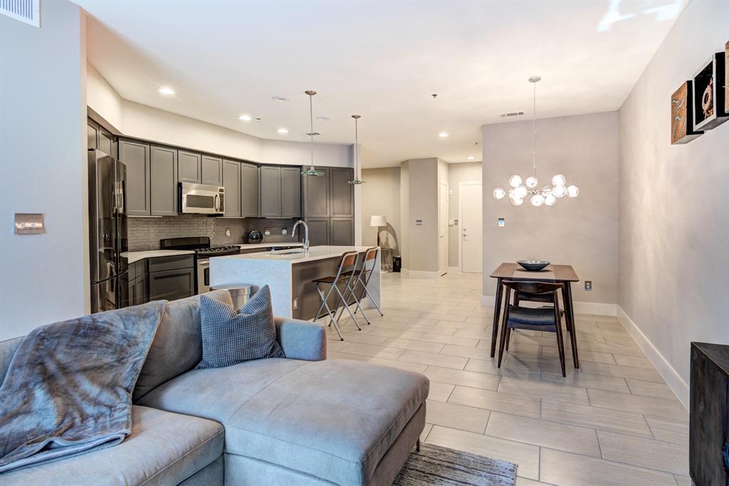 4122 Avondale  Avenue, Dallas, Texas 75219 - acquisto real estate best celina realtor logan lawrence best dressed realtor