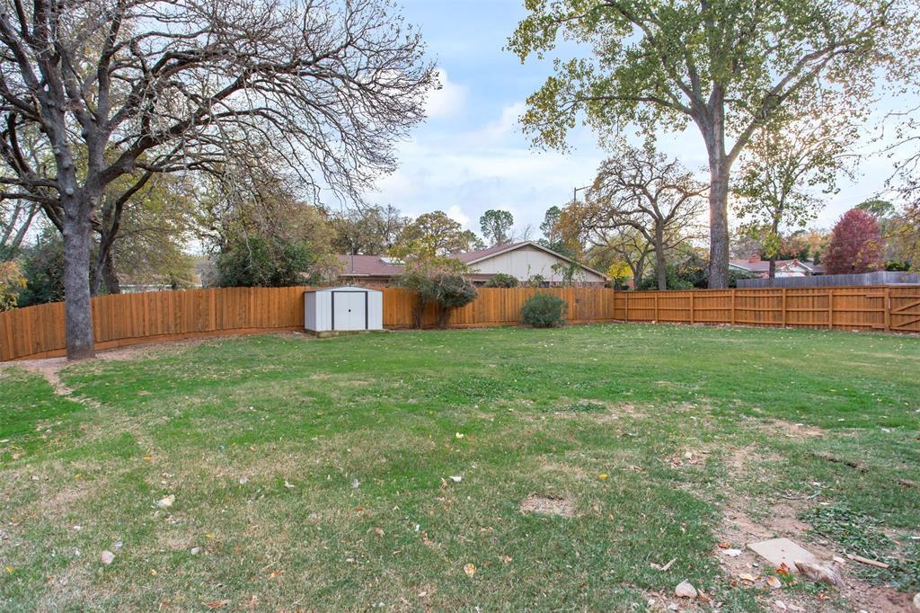 1507 Fielder Road, Arlington, Texas 76012 - acquisto real estate best looking realtor in america shana acquisto