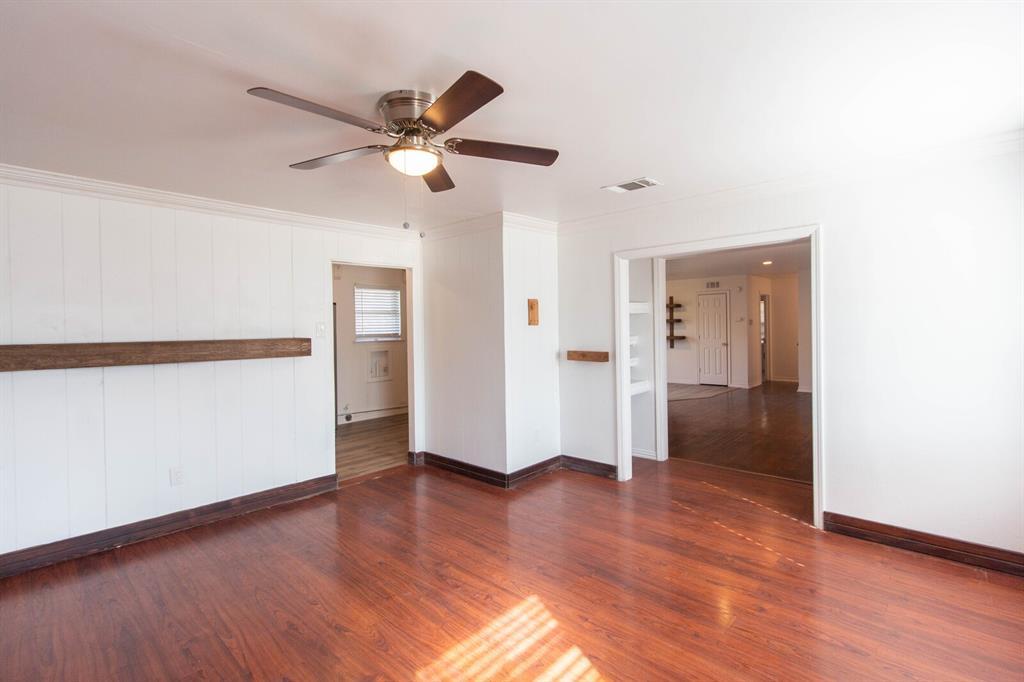 1703 Buena Vista Street, Mesquite, Texas 75149 - acquisto real estate best realtor foreclosure real estate mike shepeherd walnut grove realtor