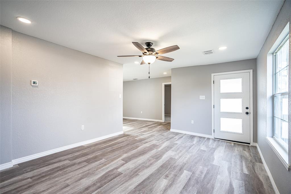 2404 Larry Drive, Dallas, Texas 75228 - acquisto real estate best the colony realtor linda miller the bridges real estate