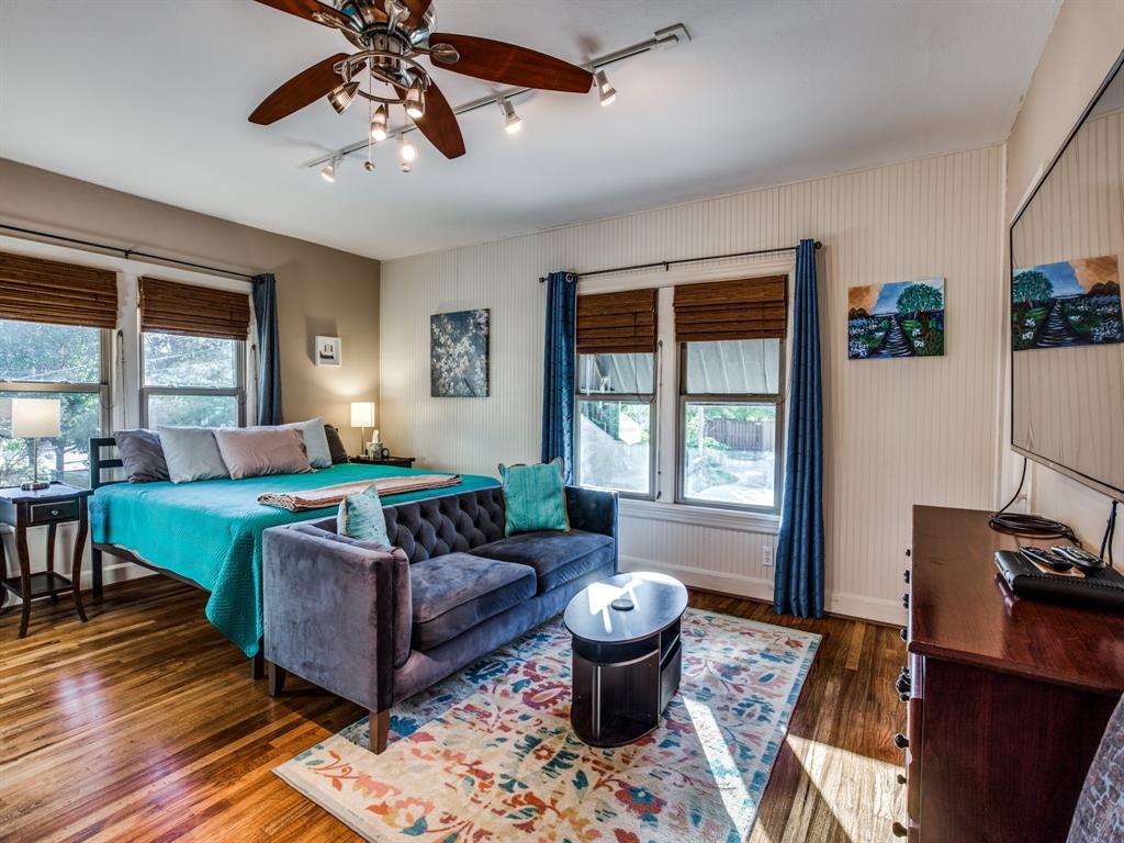 5337 Collinwood Avenue, Fort Worth, Texas 76107 - acquisto real estate best negotiating realtor linda miller declutter realtor