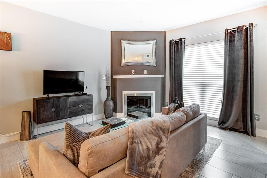 4122 Avondale  Avenue, Dallas, Texas 75219 - acquisto real estate best real estate company to work for