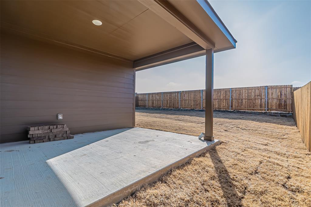 2012 Strongbark Drive, Royse City, Texas 75189 - acquisto real estate best park cities realtor kim miller best staging agent