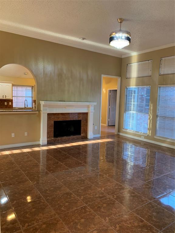 2305 Valley Falls Avenue, Mesquite, Texas 75181 - acquisto real estate best allen realtor kim miller hunters creek expert