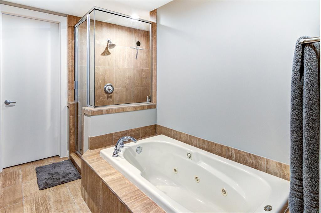 4122 Avondale  Avenue, Dallas, Texas 75219 - acquisto real estate best frisco real estate agent amy gasperini panther creek realtor