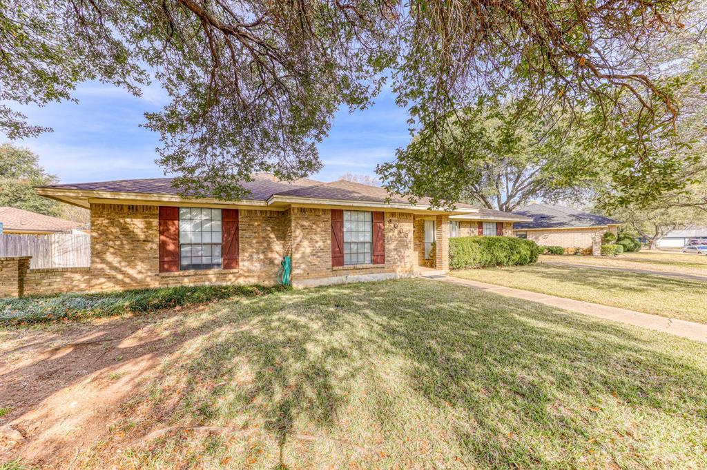 4000 Toledo Avenue, Fort Worth, Texas 76133 - acquisto real estate best allen realtor kim miller hunters creek expert