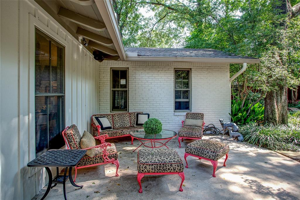 3813 Glenwood Drive, Fort Worth, Texas 76109 - acquisto real estate best looking realtor in america shana acquisto