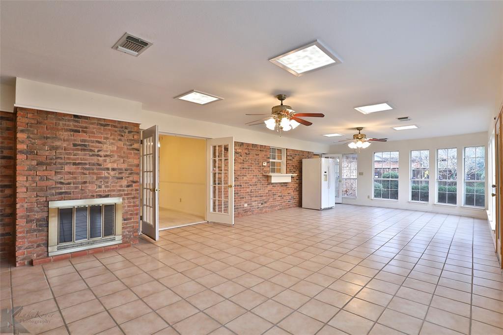 2033 Greenbriar Drive, Abilene, Texas 79605 - acquisto real estate best allen realtor kim miller hunters creek expert