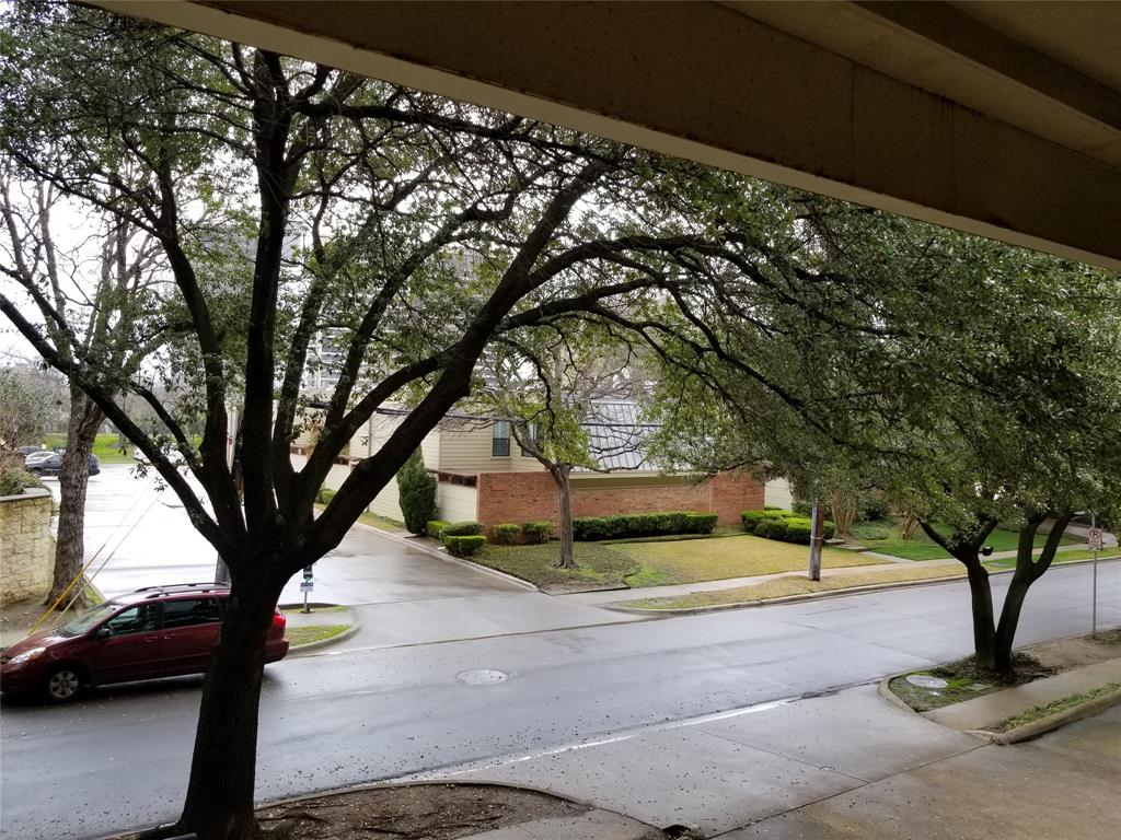 3906 Buena Vista Street, Dallas, Texas 75204 - acquisto real estate best listing agent in the nation shana acquisto estate realtor