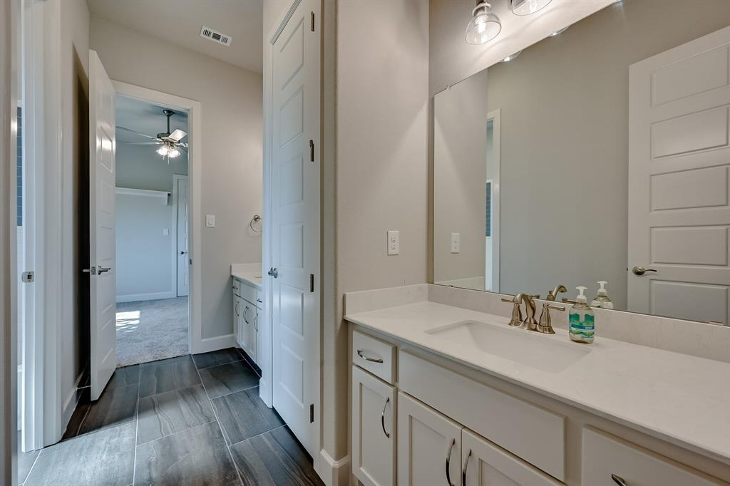 1708 Scarborough Drive, Arlington, Texas 76001 - acquisto real estate best highland park realtor amy gasperini fast real estate service