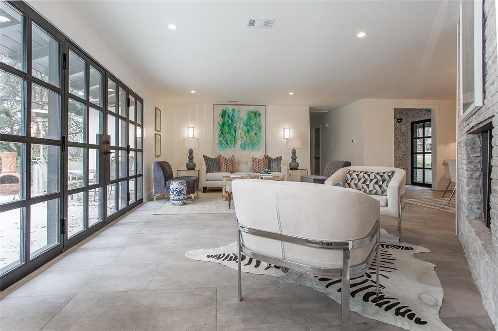 3944 Floyd Drive, Fort Worth, Texas 76116 - acquisto real estate best realtor dfw jody daley liberty high school realtor