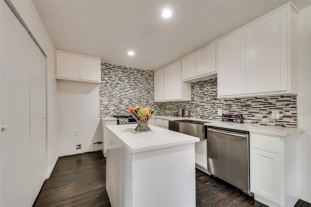 3415 Monte Carlo Street, Dallas, Texas 75224 - acquisto real estate best realtor foreclosure real estate mike shepeherd walnut grove realtor
