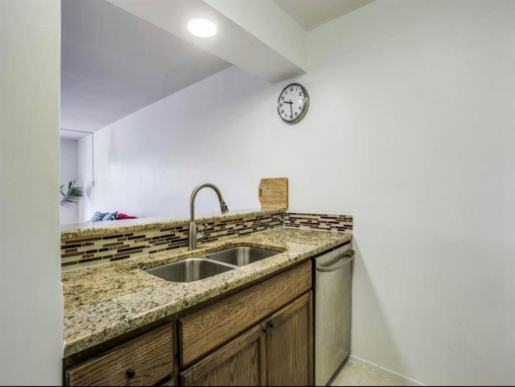 4859 Cedar Springs Road, Dallas, Texas 75219 - acquisto real estate best real estate company to work for
