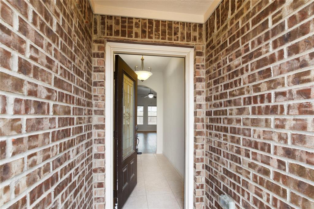2425 Summer Trail Drive, Denton, Texas 76209 - acquisto real estate best the colony realtor linda miller the bridges real estate